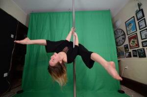 private pole dance classes