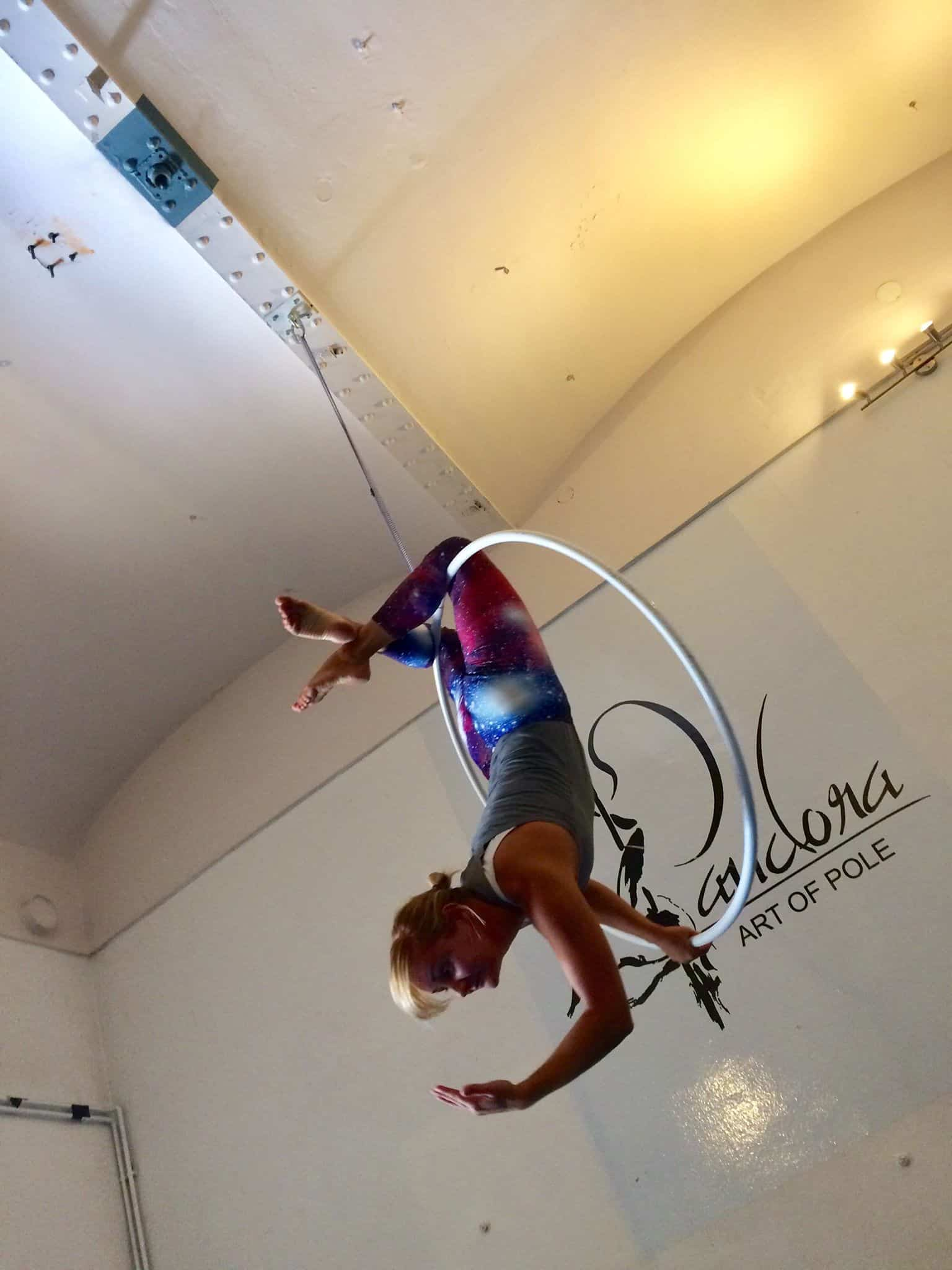 How to learn lyra hoop?
