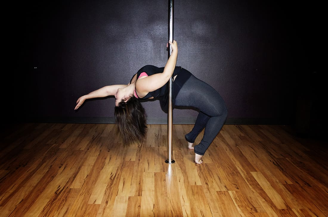 Best Poles for Plus Sized Pole Dancers